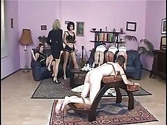 Пробка БДСМ порно - трахать молодых женщин